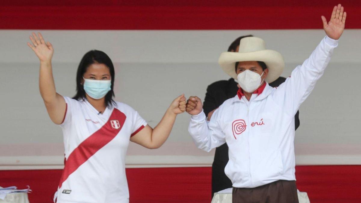 Keiko Fujimori y Pedro Castillo después del debate presidencial en Chota (Cajamarca)